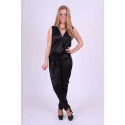 Jacky Luxury jumpsuit in zwart satin.