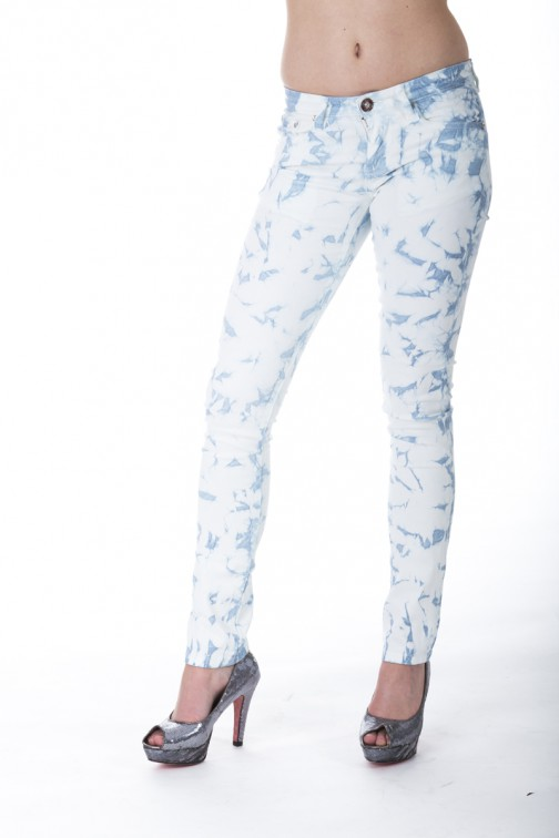 Jacky Luxury Ibiza jeans in blauw met wit.