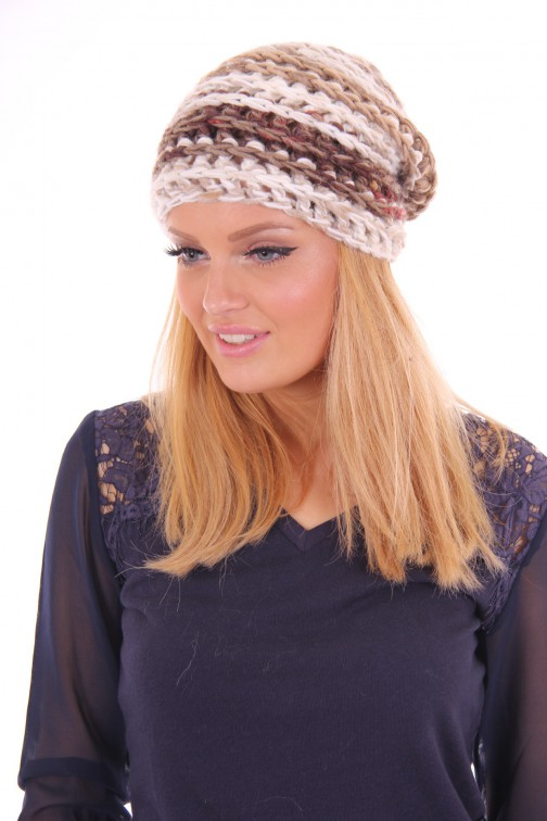 Starling knitted beanie cream