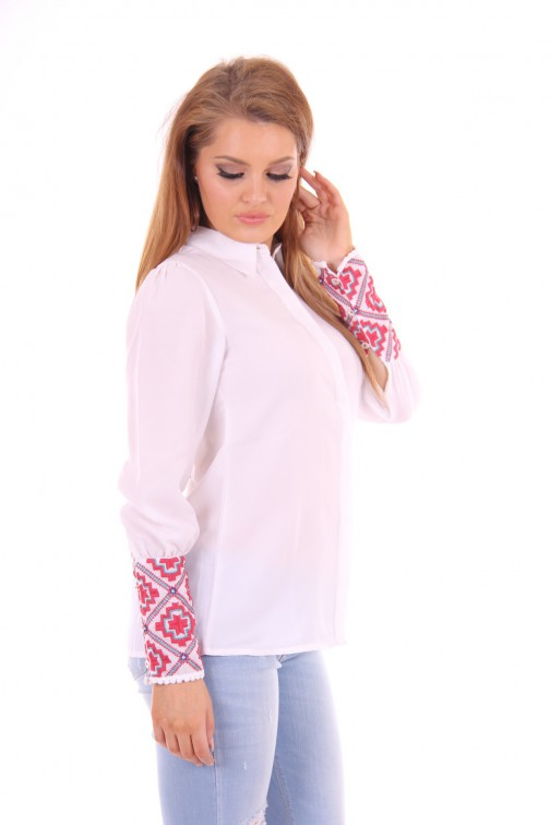 B loved embroidered blouse white