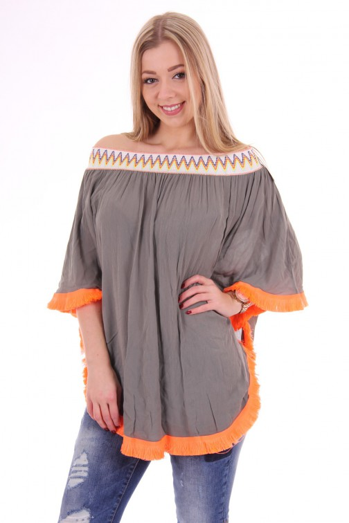 Off-shoulder poncho-tunic in army