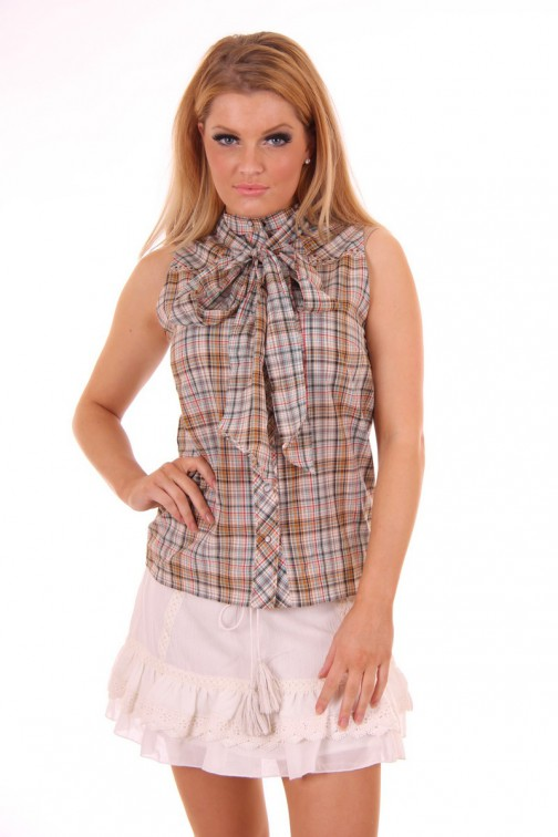 ByDanie Rodeo style sleeveless Blouse