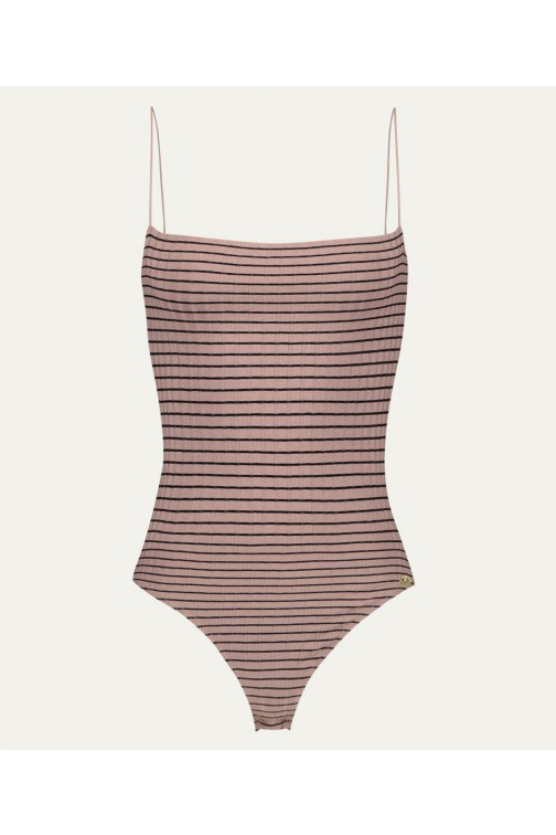 Josh V Talissa body in blush